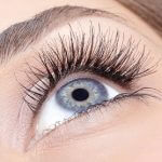 Semi-perminant eyelash extensions
