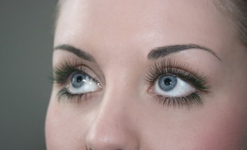 Girl with long Blink and Go Lashes